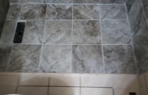 bath tile 10