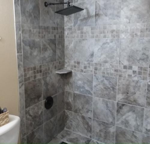 bath tile 8